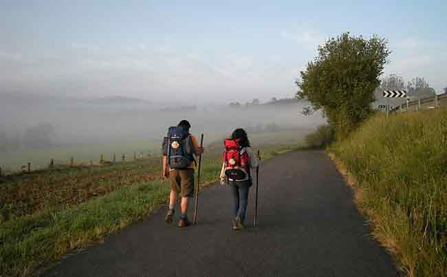 adventure-ease-camino-de-santiago-walking