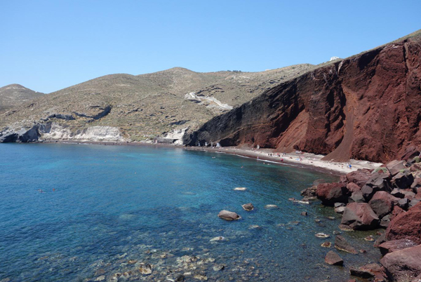 akrotiri-red-beach-santorini