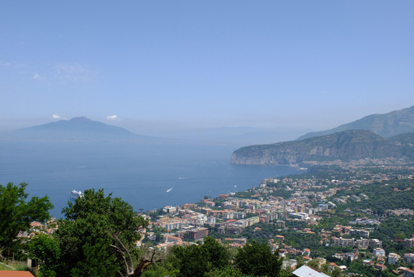 bay-and-of-vesuvius