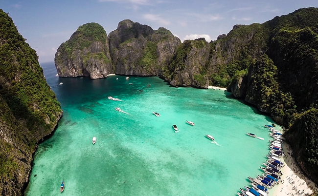 different-thailand-beaches-koh-phi-phi-don