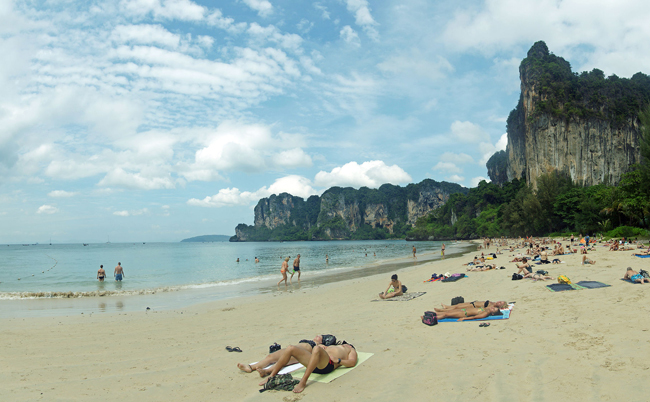 different-thailand-beaches-railay-beach