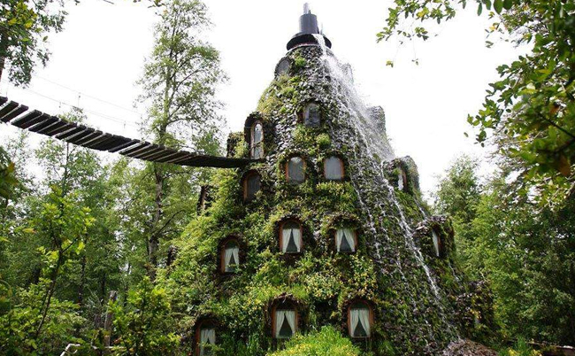 unusual-hotels-magical-mountain-hotel