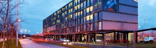 citizenm-schiphol-airport-hotel
